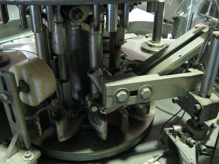 Image Consolidated Model D-4-F 4 Head Snap Capper 321217