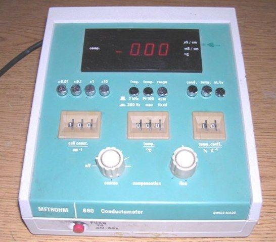 DEUSTCHE METROHM Model 660 Conductivity Meter