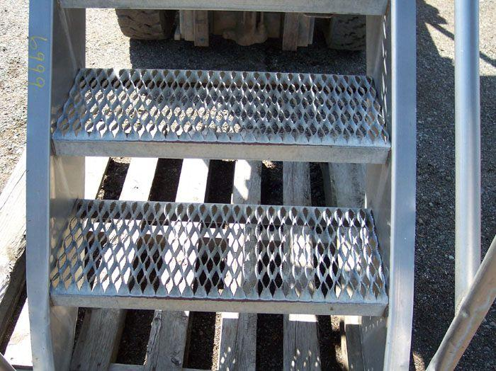 "Image Stainless Steel Stairs - 30"" High 321517"