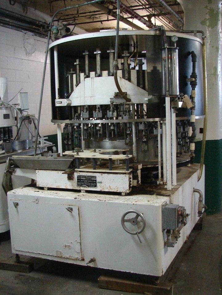 30 Valve US BOTTLERS Rotary Vacuum Filler NC30LS