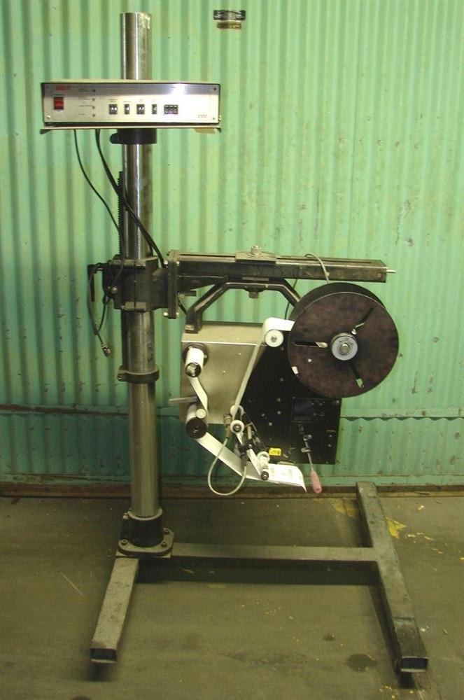 WILLETT 2300 Pressure Sensitive Wipe On Labeler