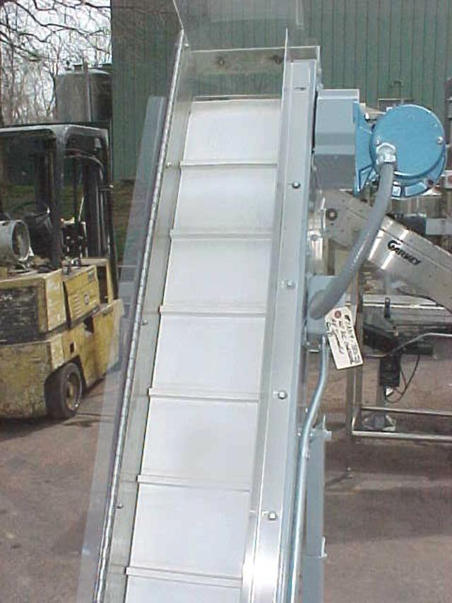 Image HOPPMANN EP08/08 Inclined Cleated Belt Conveyor 323656