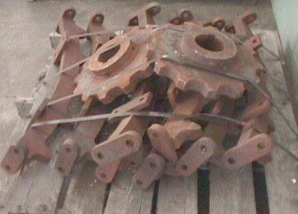 "Bullgear and Drive Sprocket Model 40T, 94"" Dia."