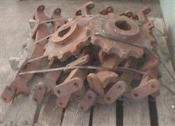 """Image Bullgear and Drive Sprocket Model 40T, 94"""" Dia. 324051"""