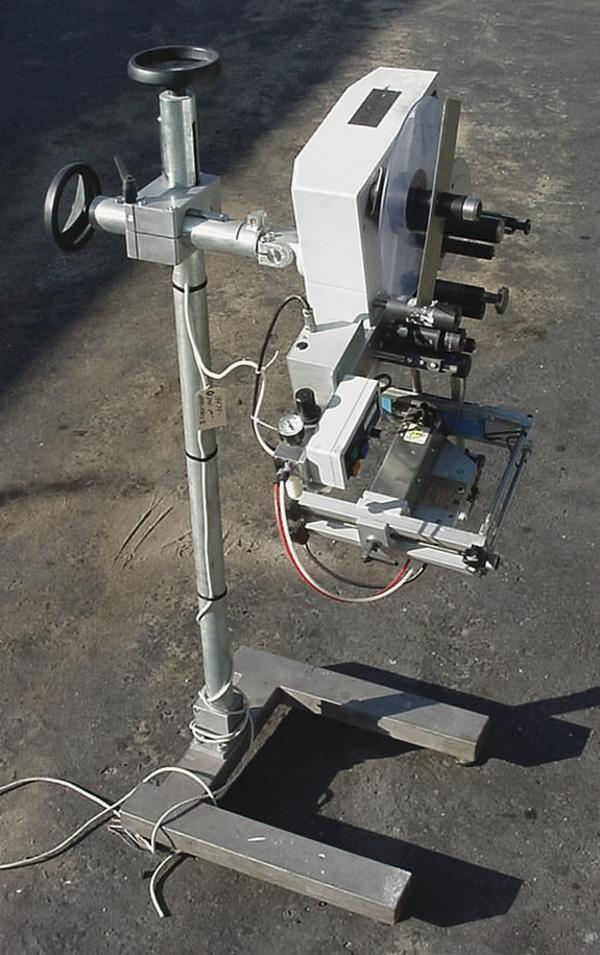 Image CCL ALS 230 Pressure Sensitive Wipe on Labeler 324552