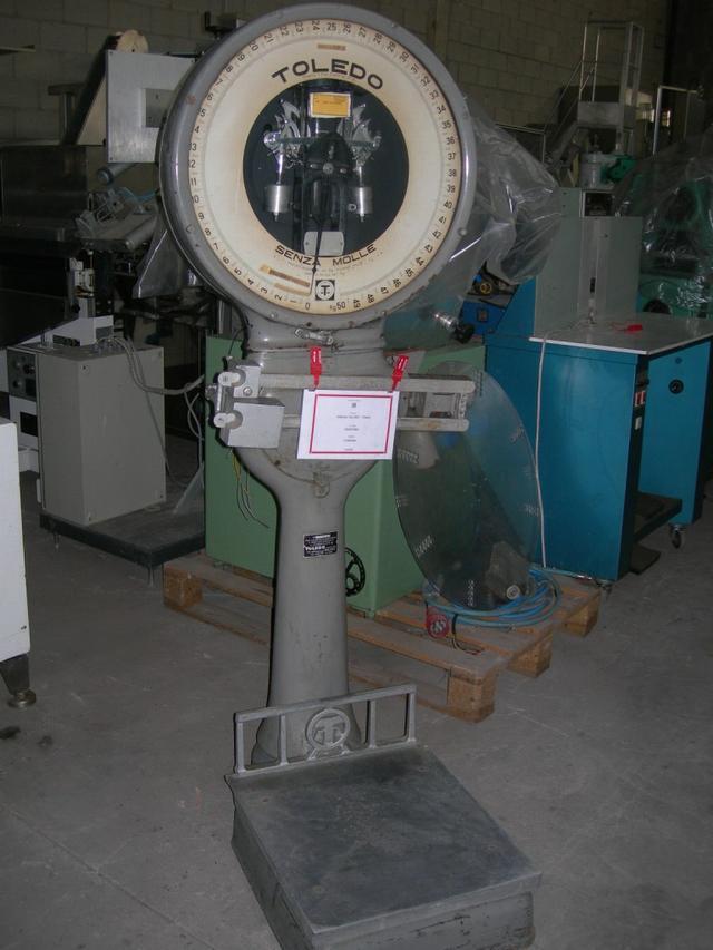 TOLEDO Dial Platform Scale