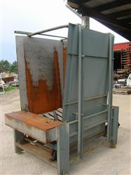 106589 - COLUMBIA Pallet Dispenser