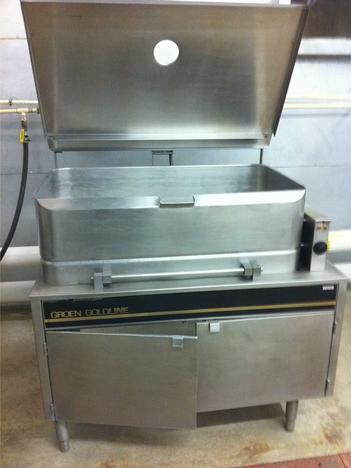 Image 40 Gallon GROEN CFP C/2-4 Goldline Braising Pan 327548