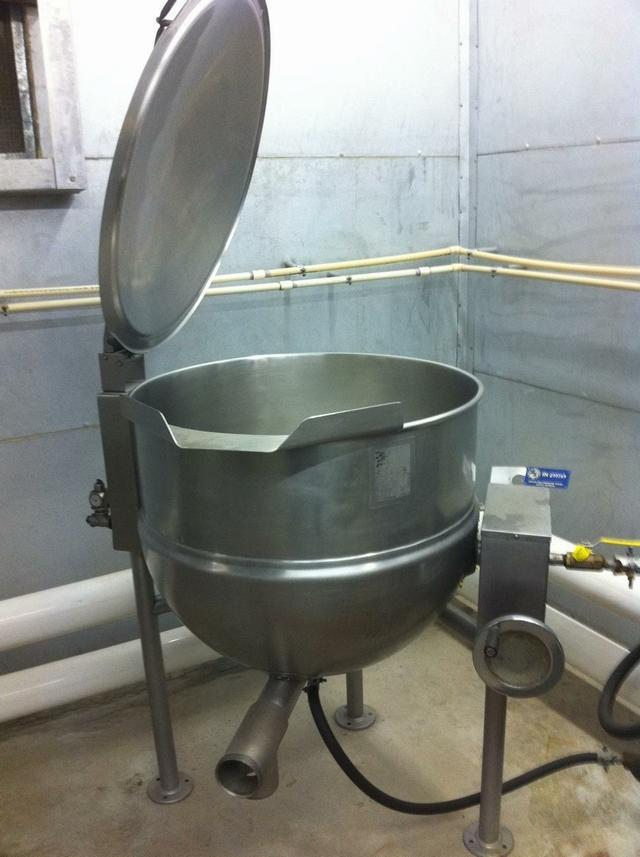 60 Gal GROEN RR-K-195G Steam Jacketed Kettle