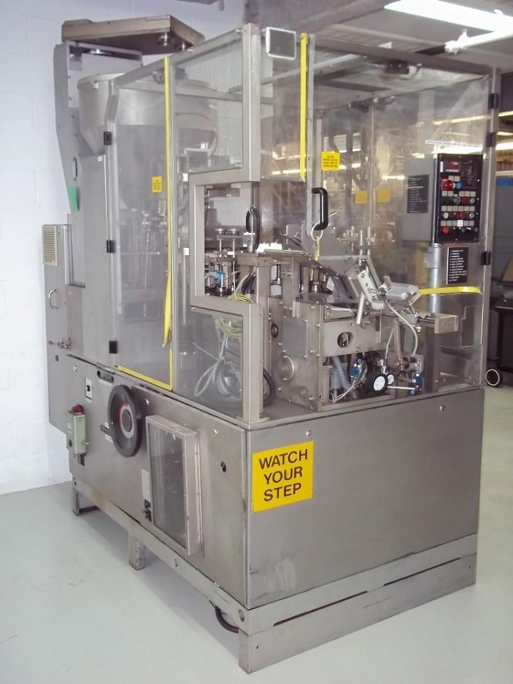 Image IWKA Model TU200 Dual Head Metal Tube Filler 328028