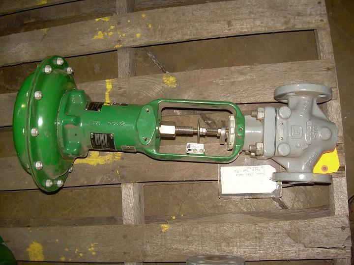"Image 1"" FISHER Globe Valve with Actuator 328220"