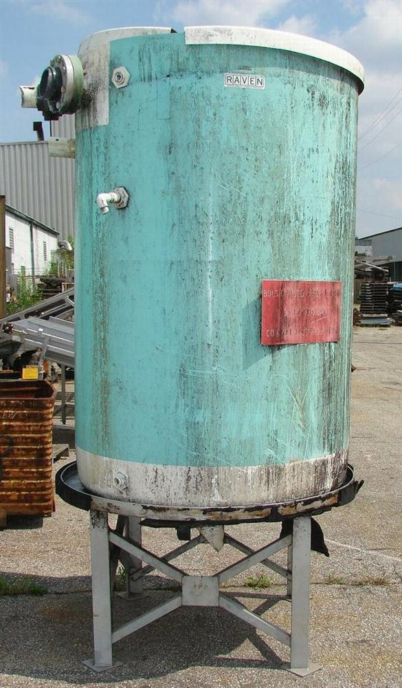 550 GAL Vertical Fiberglass Tank, Flat Bottom