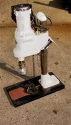 Image SWANMATIC Semi Automatic Table Top Cap Tightener 328524