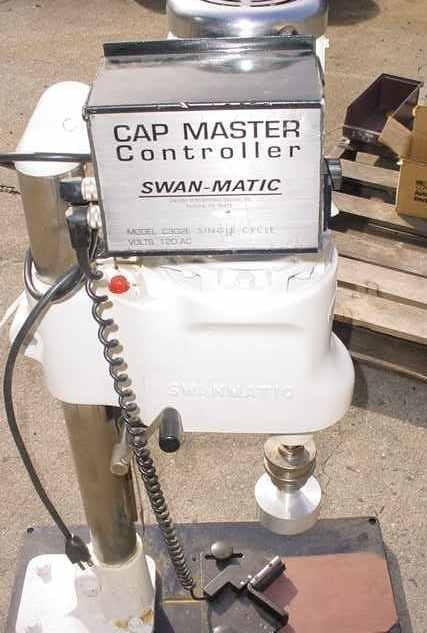 Image SWANMATIC Semi Automatic Table Top Cap Tightener 328525