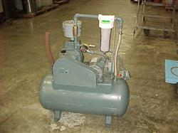 112616 - 1 HP HYVAC Tank Mounted Vacuum Pump