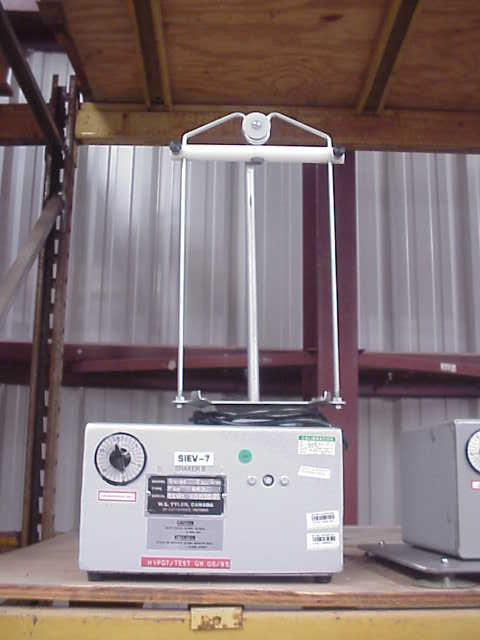TYLER Model RX-24 Laboratory Sieve/Screener