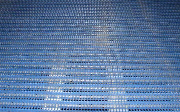 Image SARDEE Bi-Directional Accumulating Table 329424