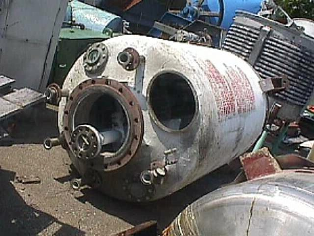 500 Gallon Stainless Steel Pressure Tank