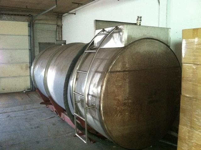 Image 2200 Gal Stainless Steel Tank 329696