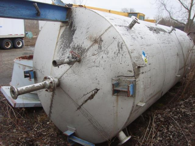 4500 Gallon CHEMINEER 321SS Silo with Mixer