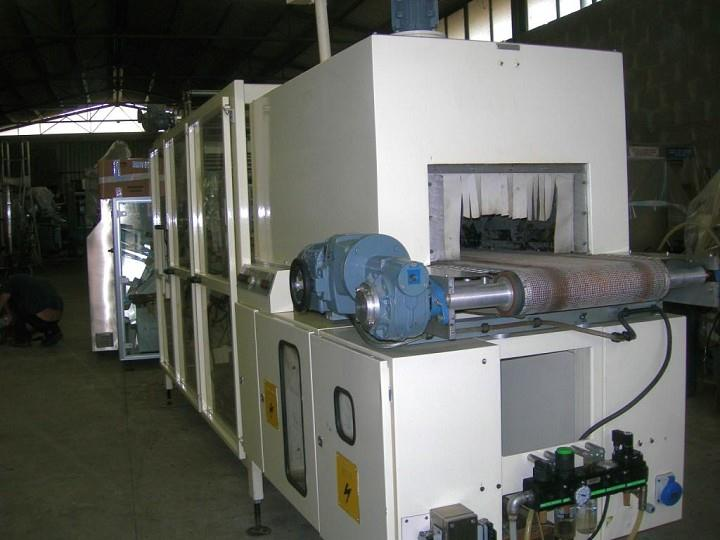 EUROPACK Flow Wrapper w/ Tunnel and Tray Loader