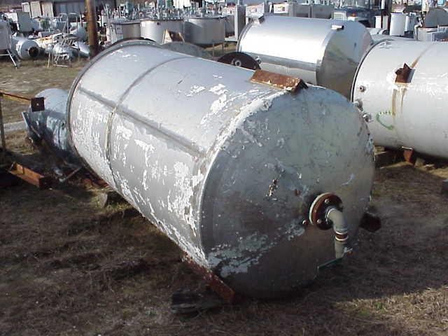 Image 675 Gallon Stainless Steel Tank with Dish Bottom 331516