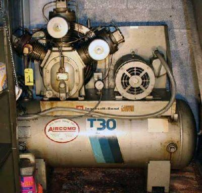 30HP INGERSOL RAND T-30 Reciprocating Compressor