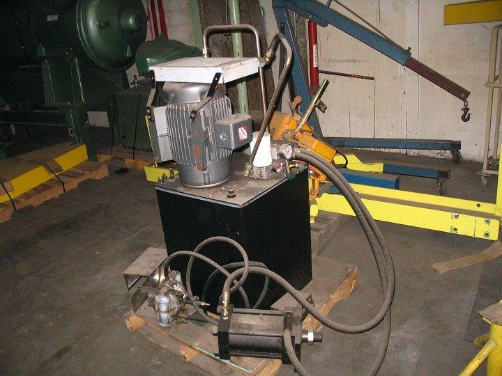 15 HP Hydraulic Pump Package w/ Tank