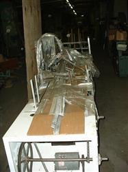 Image ADCO Model 15EEC Glue Cartoner 332423