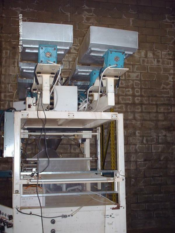 E-Z Packaging Machine with 2 Head Scales