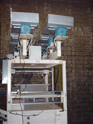 118260 - E-Z Packaging Machine with 2 Head Scales