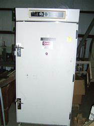 Image LAB-LINE Large Capacity Reach In Incubator 319XR 333181