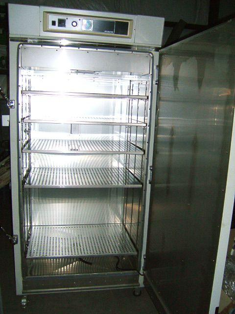 Image LAB-LINE Large Capacity Reach In Incubator 319XR 333182
