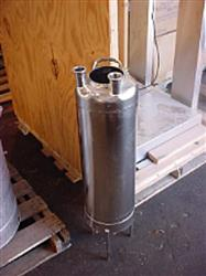 Image 6.60 Gallon ALLOY PRODUCTS Sani Pressure Tank - 316 Stainless Steel 333219