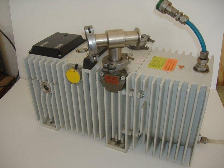 PFEIFFER BALZERS Model UNO 016B Vacuum Pump