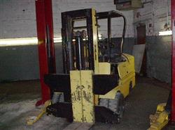 122096 - YALE Gasoline Forklift, Cap. 12,000 lbs