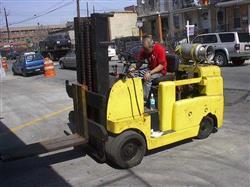 Image ALLIS CHALMERS Forklift, Cap. 10,000 lbs 336865
