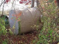 Image 2200 Gallon Fiberglass Tank 336927