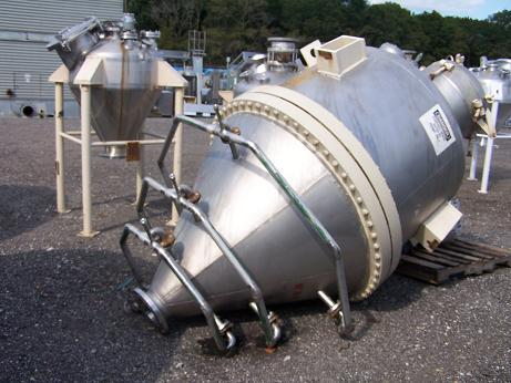 750 Gallon BENDEL 304 Stainless Steel Cone Bottom Tank/Hopper