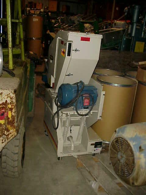BALL & JEWELL Maverick MVP810 Granulator