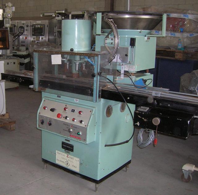 ZANASI TU 63-Capper Bottle-Sealing Machine