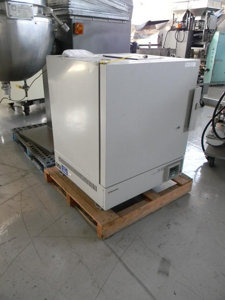 YAMATA DX 600 Gravity Drying Oven