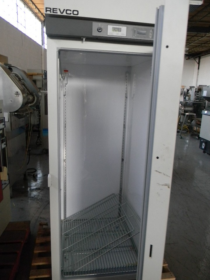 126436 - 30 cf REVCO Single Door Thermo Refrigerator