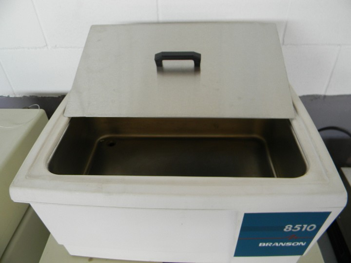 Image BRANSON 8510 Tabletop Ultrasonic Cleaner 379733