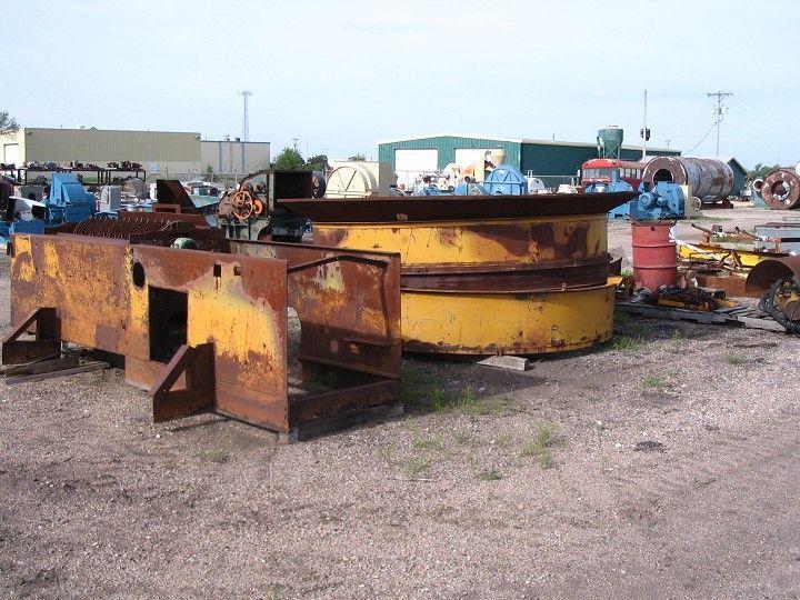 200 HP W.H.O. Tub Grinder