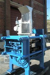 "Image 24"" X 24"" STOLL III Stainless Steel Juice Platen Press 1502430"