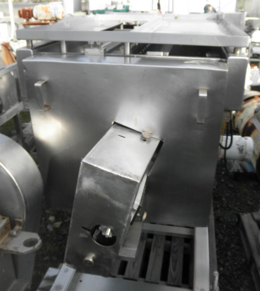 "Image GROTE Stainless Steel Meat Slicer w/ 36"" Slicing Area, 5 HP 516685"