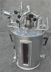 Image 28 Ltr NEW BRUNSWICK SCIENTIFIC CO. Fermentor 347259