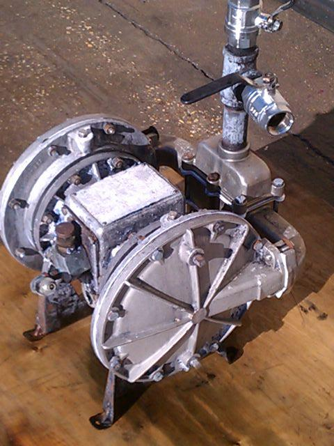 "1"" x 1"" SANDPIPER Model ST1-A Diaphragm Pump"
