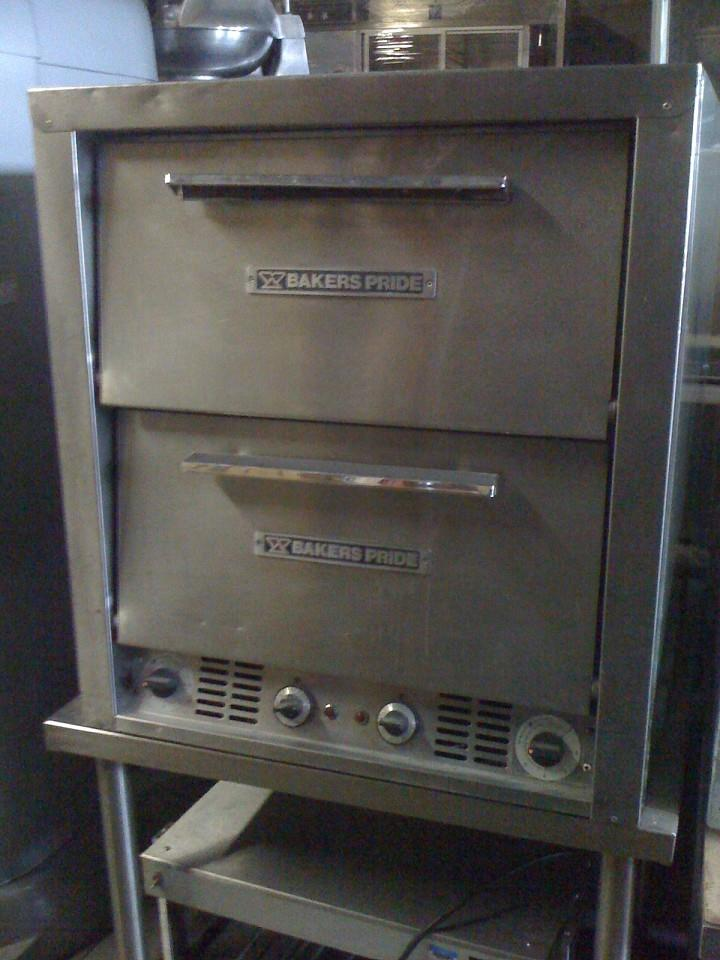 BAKERS PRIDE P44 Electric Pizza Oven